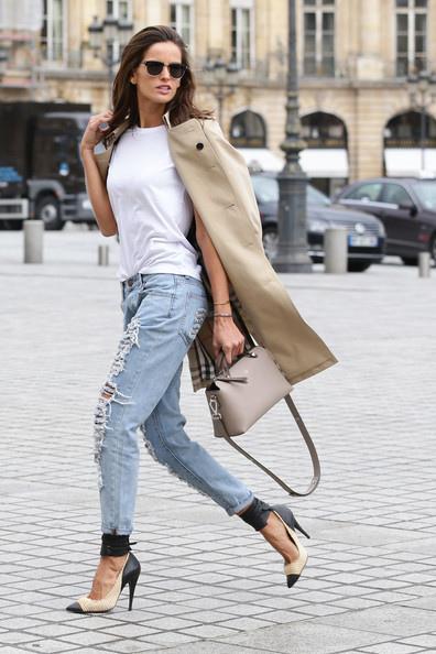 Izabel+Goulart+Sighting+Paris+iJca_LZsvHAl.jpg