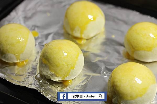 Red-bean-mud-egg-yolk-cake_amberwang_20190601D036.jpg