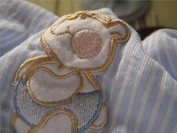 蓋著溫暖小毯子的緣故