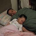父子春睡圖