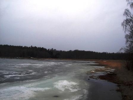 icy-lake.JPG