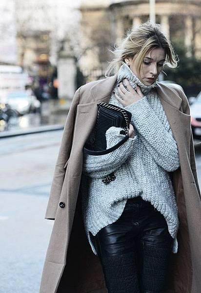 coat-over-shoulders-cozy-knits