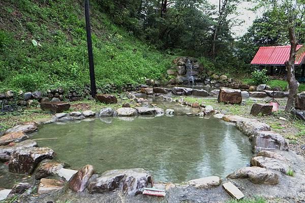 2013.08.31[宜蘭]山上有水_假掰泰國風061.jpg