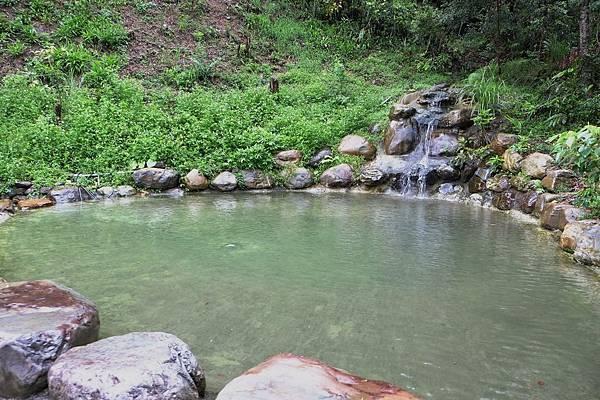2013.08.31[宜蘭]山上有水_假掰泰國風062.jpg