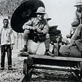 ppt_商_安陽_1928年_李濟與董作賓在安陽_(0037.na).jpg