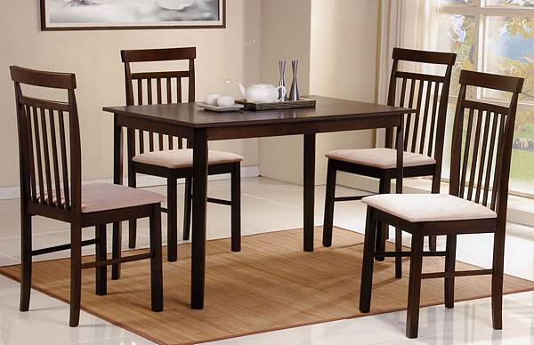 一桌四椅還不用五張小朋友,是真的!