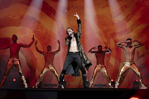 歐洲歌唱大賽:火焰傳說 電影1.jpg