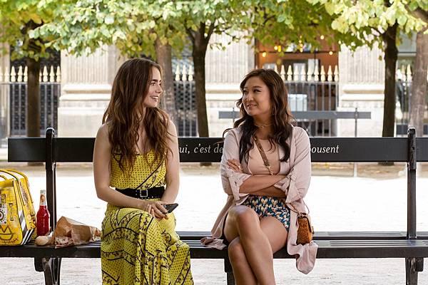 Emily in Paris 2.jpg