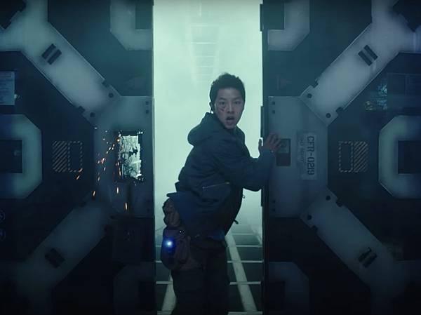 勝利號 Space Sweepers (Netflix 電影) 6.jpg