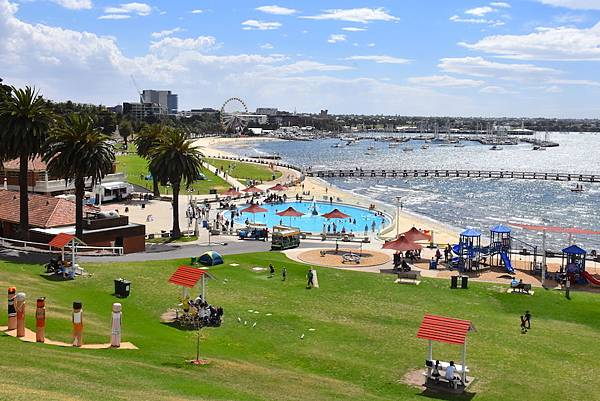 Geelong-Waterfront-1-Image-credit-Louise-Reynolds.jpg
