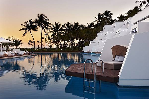 Pool-Hayman-Island-by-InterContinental-copy.jpg