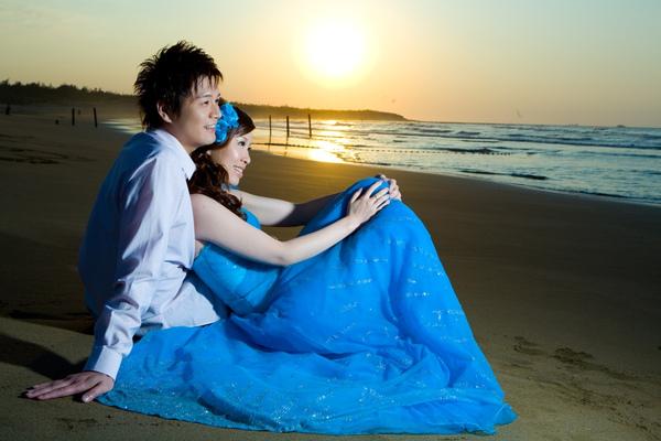 藍色禮服-2.jpg