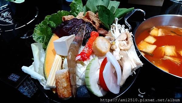 【食】宜蘭冬山《Mr. Pang 加一鍋》