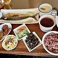【食】宜蘭羅東《橘子太陽》簡餐小火鍋S__24576010