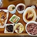 【食】宜蘭羅東《橘子太陽》簡餐小火鍋S__24576009