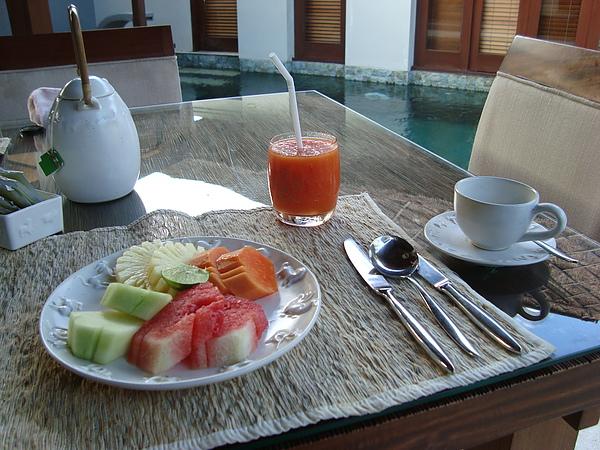 早餐時間again