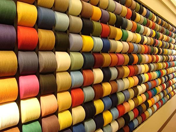 彩色毛線牆