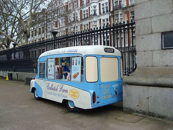 可愛的冰淇淋車