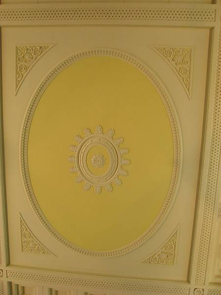 天花板也漂亮