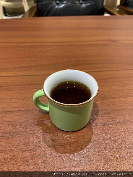 Come Late Cafe 咖啡