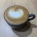 Come Late Cafe 熱拿鐵