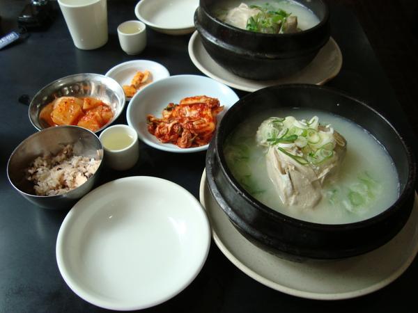 百濟蔘雞湯