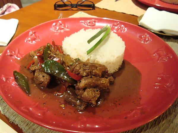 晚餐-黑胡椒牛肉飯