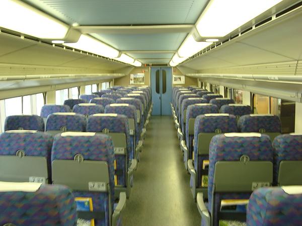 新幹線車廂內