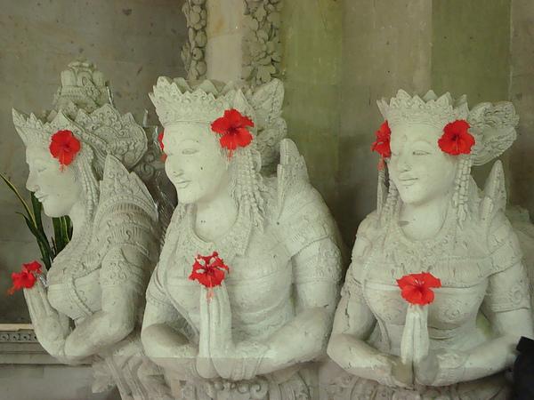 大廳的石雕3