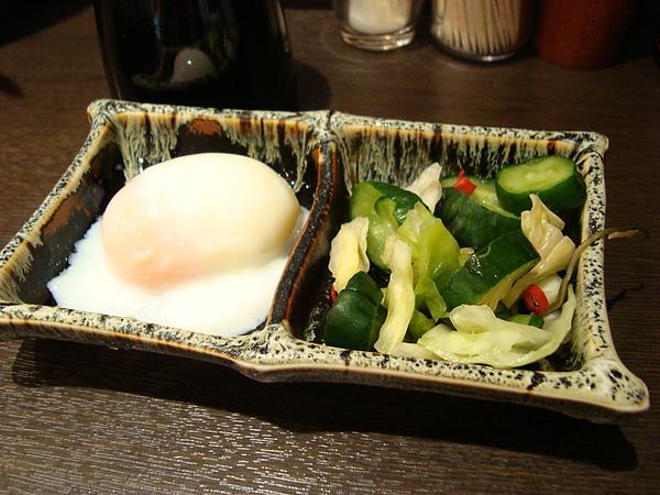 小菜跟溫泉蛋