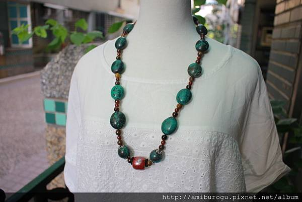 筒狀珠紗.綠松石.紅碧玉-1