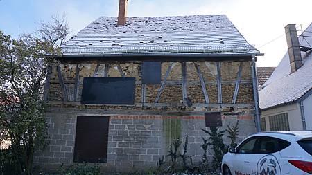 [11/27] 原來傳統木屋裡面結構長這樣