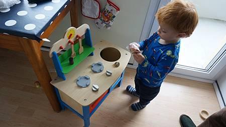 [12/22 Zurich 蘇黎世]Jonas的小廚房與新得到的小麵包
