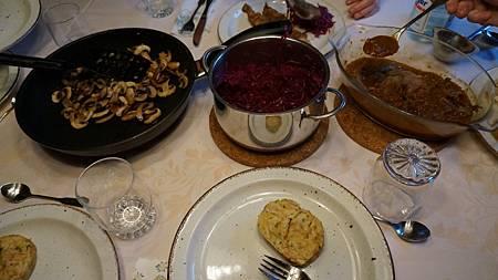 [12/25聖誕節] 午餐