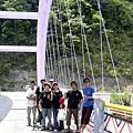 33.來到一號橋(河谷)--再度越過一座山.JPG
