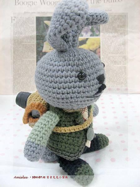 兔拔拔-2.jpg