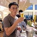 生啤酒區-鴻哥先喝為快.jpg