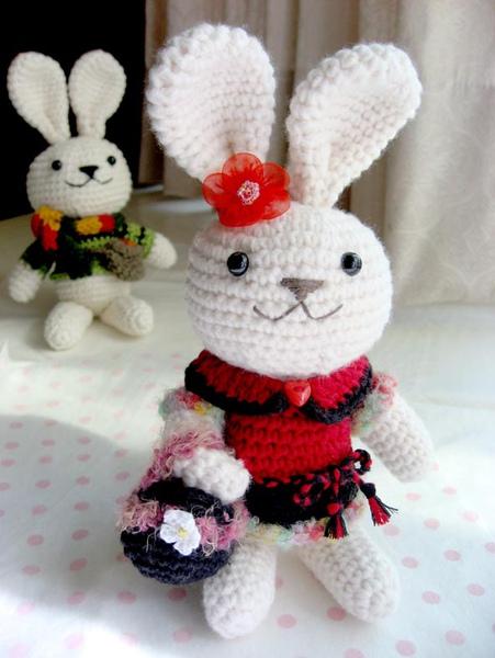 女生兔.jpg