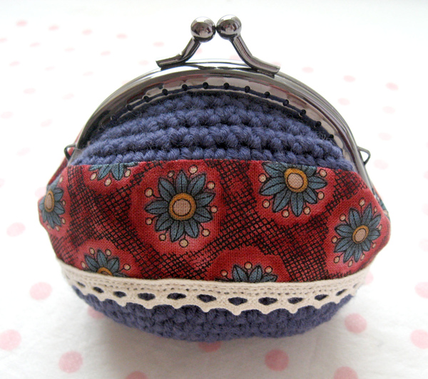 古典花兒口金包(小羊毛)-藍-1.jpg