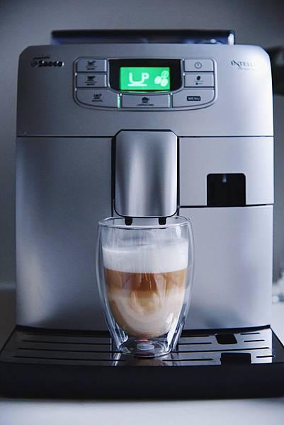 Saeco咖啡機 正常Cappuccino.jpg