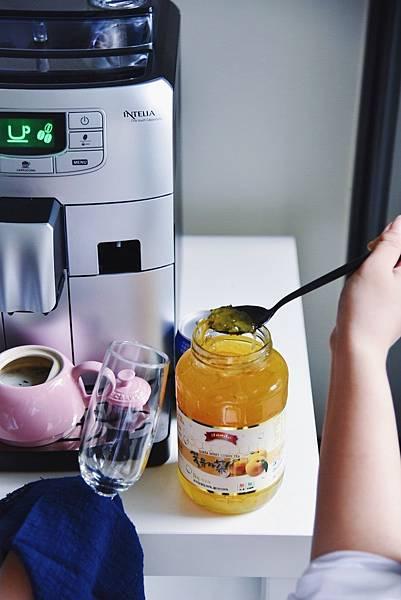 Saeco咖啡機 style coffee加入柚子茶.jpg