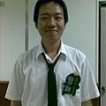 白襯衫+黑領帶