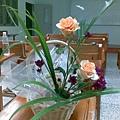 學仁把拔送的花