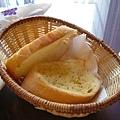 無限量大蒜麵包