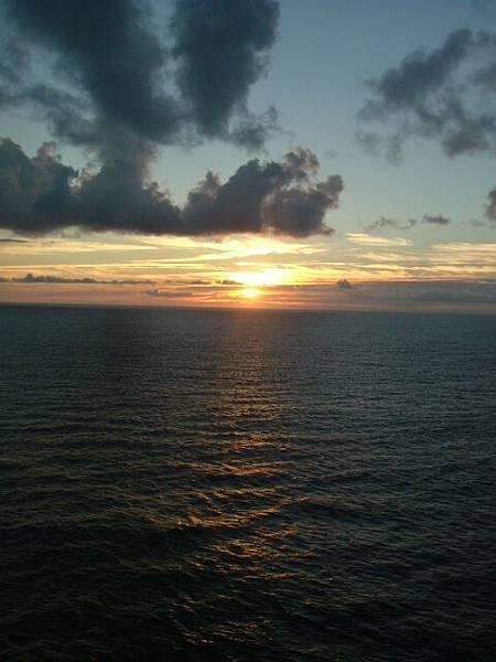 海上的夕陽