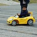 這真的是搖控車!