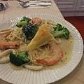 奶油海鮮義大利麵