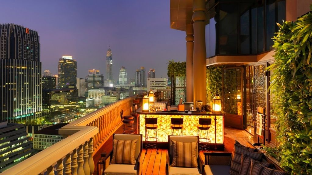 Bangkok-rooftop-bar-3-1093x615.jpg