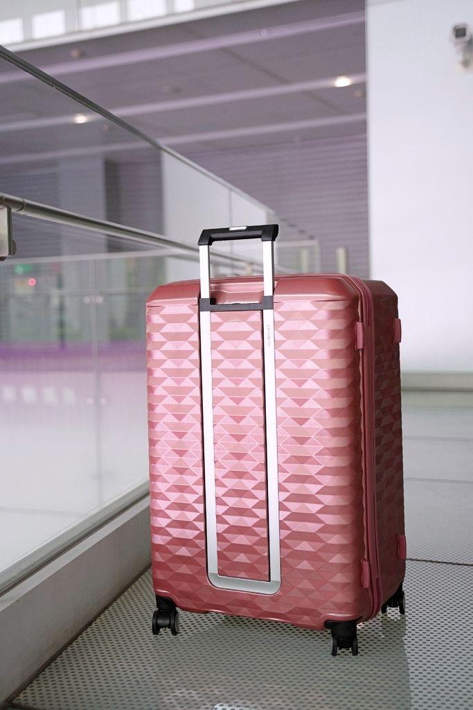 行李箱 (79 - 80).jpg