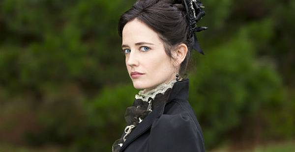 eva-green-miss-pererines-home-movie.jpg